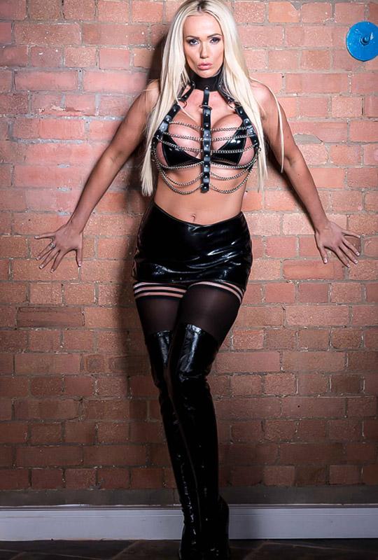 mistress lucy zara